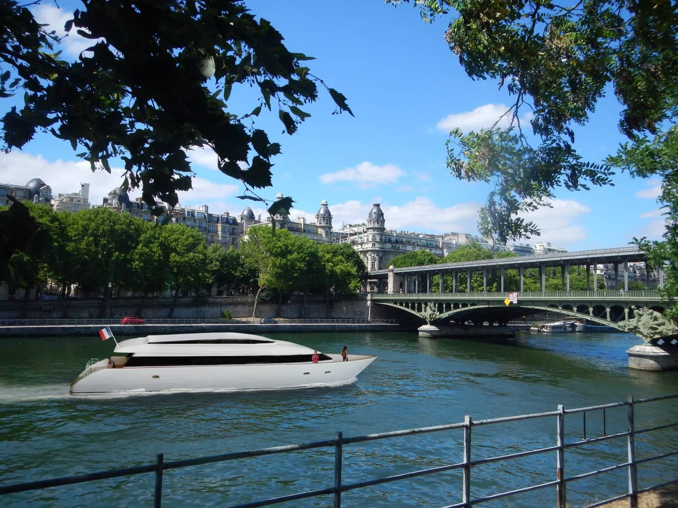 Yess! Yacht Electrique sur Seine